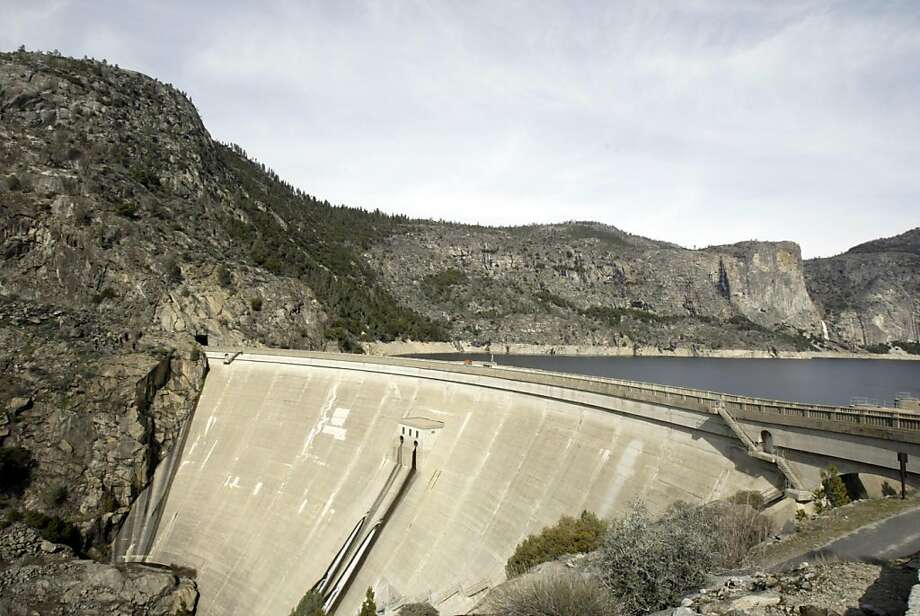 The O'Shaughnessy Dam is in Hetch Hetchy Valley, in the Grand Canyon of the Tuolumne River in Yosemite National Park. HETCHEYXX_0005_kr.JPG 2/9/05 in YOSETMITE,CA. KURT ROGERS/THE CHRONICLE Photo: Kurt Rogers, SFC