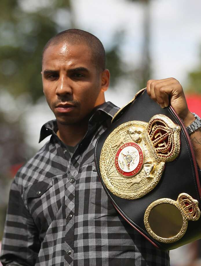BRENTWOOD, ENGLAND - AUGUST 22:  Andre Ward of the USA poses with the WBA belt during the Carl Froch and Andre Ward Press Conference at Matchroom Sports Head Office on August 22, 2011 in Brentwood, England.  (Photo by Tom Shaw/Getty Images) Photo: Tom Shaw, Getty Images