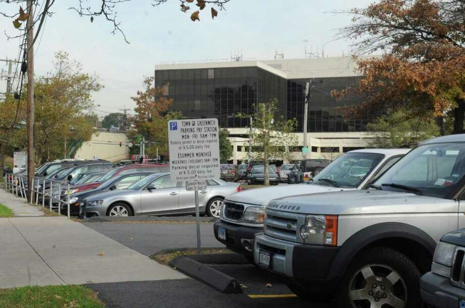 The Horseneck Lane commuter parking lot is shown in October 2011. Photo: Helen Neafsey, Greenwich Time File / Greenwich Time