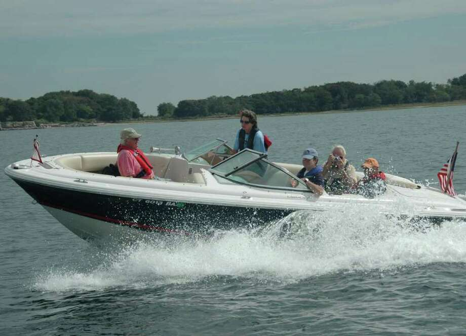 Basic Coastal Boating Course starts Wednesday, Jan 11, at Middlesex Middle School. Photo: Contributed Photo