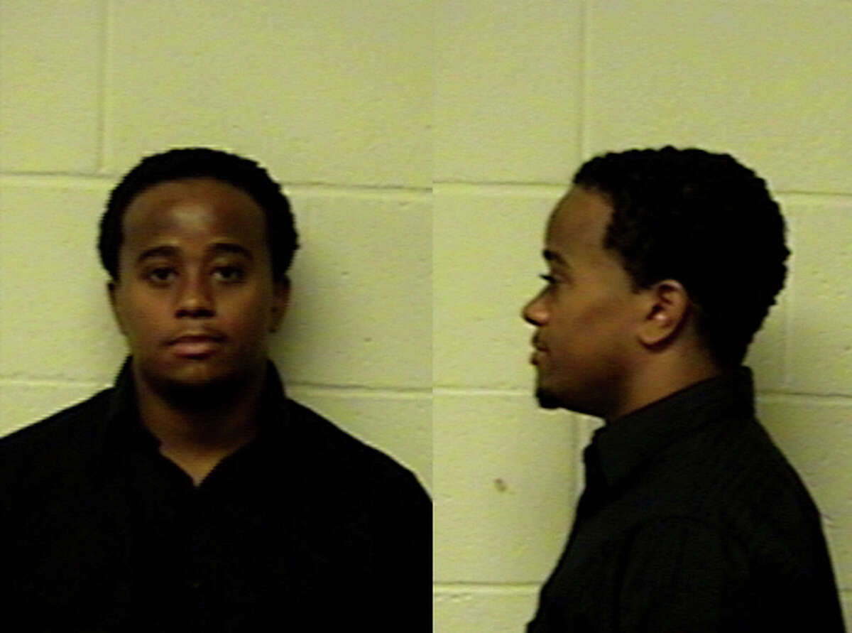 Delano police: Coach allegedly exchanged nude photos with