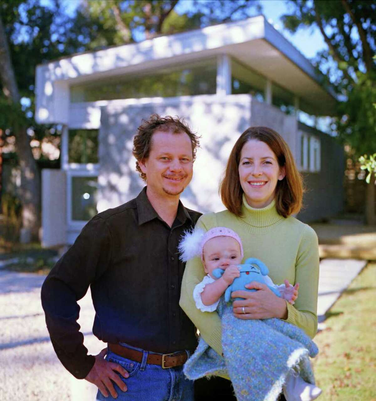 Mark Schatz and Anne Eamon, who now have a daughter, Wren, have been experimenting with ways to live well on a small scale for about 14 years.