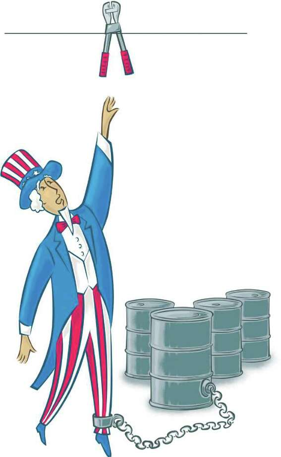 300 dpi John Alvin color illustration of Uncle Sam reaching up for a chain cutter that could free him from the slave shackles restricting his leg to oil barrels. The Fresno Bee 2008  import freedom illustration uncle sam independence oil bolt chain cutter barrel barrels, gas price, gasoline, energy resource, environmental issue, environmental policies, american environmental policy, krtenergy energy, krtenvironment environment, natural resource krtbusiness business, krtgovernment government, krtnational national, krtpolitics, natural resources, alternative energy, fuel, gas, krtnamer north america, krtusbusiness, resources resource, u.s. us united states, politics, krt, mctillustration, USA, ENR, ENV, POL, FIN, 04000000, 11000000, 04005001, 04005012, 06001000, 06003000, 06004000, 06006009, 2008, krt2008, fr contributed alvin coddington mct mct2008 2008 Photo: John Alvin / © MCT 2008