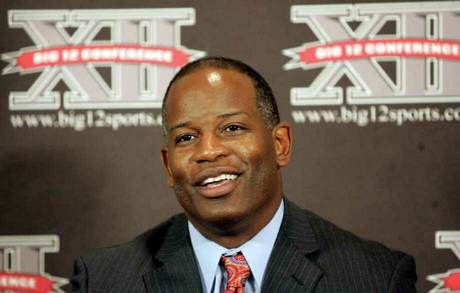Kansas head football coach Turner Gill talks with reporters at Big 12 media day in Irving, Texas, on Wednesday, July 28, 2010.  (AP Photo/Mike Fuentes) Photo: Mike Fuentes / FR 103746 AP