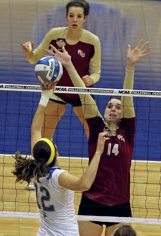 SPORTS   Ashley Neff blocks for the Seminoles as UCLA plays Florida State in a  2011 NCAA National Semifinal match at the Alamodome on December 15, 2011 Tom Reel/Staff Photo: TOM REEL, SAN ANTONIO EXPRESS-NEWS / © 2011 San Antonio Express-News