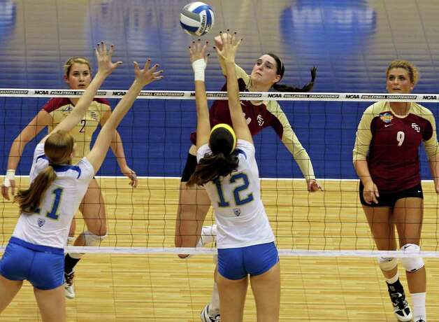 SPORTS   Ashley Neff hits for the Seminoles as UCLA plays Florida State in a  2011 NCAA National Semifinal match at the Alamodome on December 15, 2011 Tom Reel/Staff Photo: TOM REEL, SAN ANTONIO EXPRESS-NEWS / © 2011 San Antonio Express-News