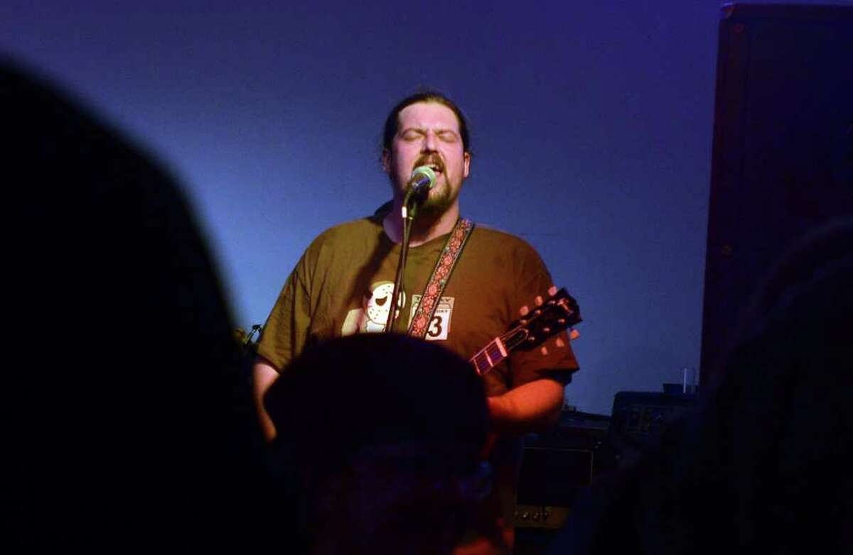 Ryan Gist of Sourmash belts out some funky southern rock 'n roll at Starvin' Marvin's Bar and Grill. Beth Rankin/Cat5