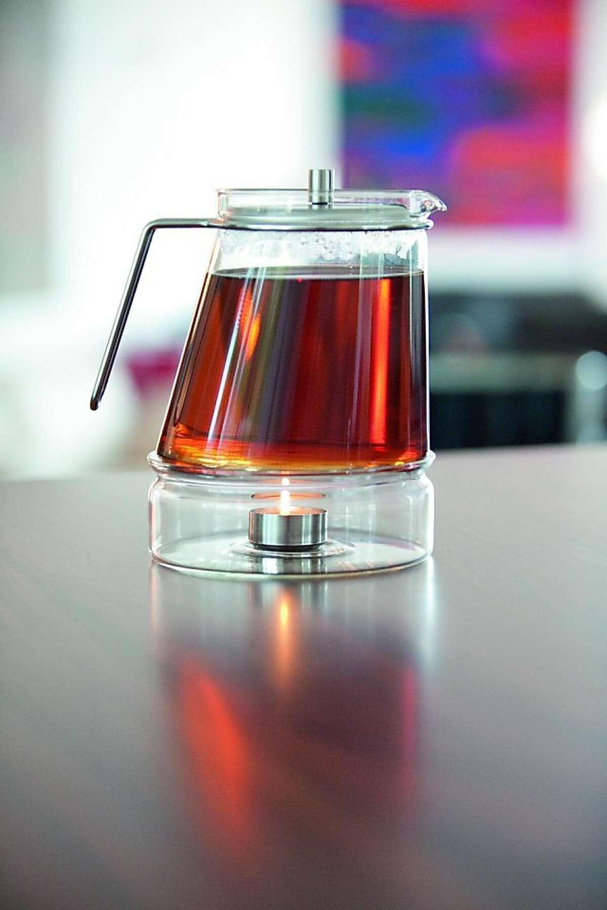 Mono-Elipse, designed by Tassilo von Grolmann with the glass producer, Schott.