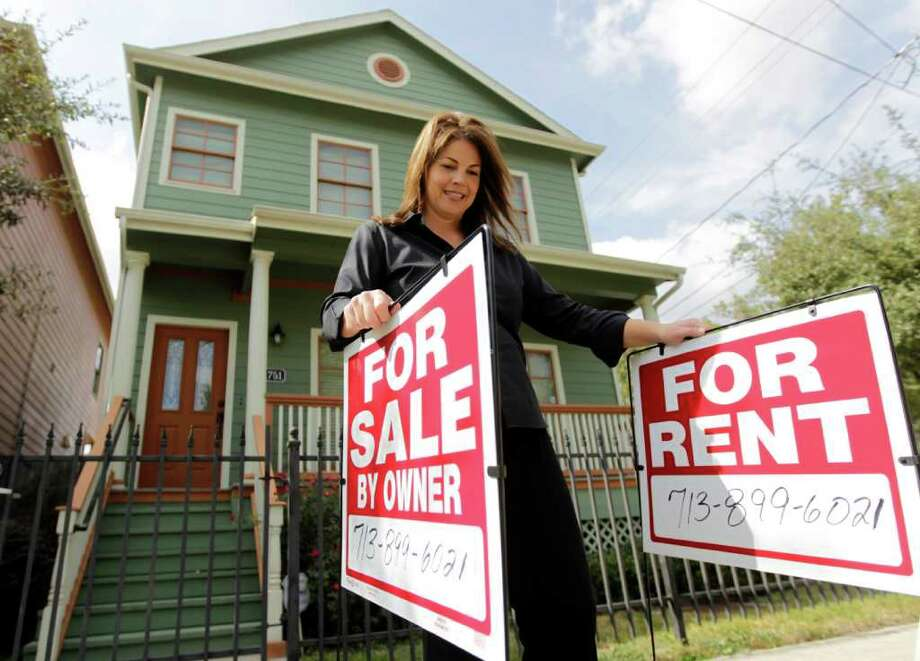 Chronicle File TOP RANKING: Houston is the best city in the U.S. to be a landlord, according to a CNN Money study. Demand is high here partly because of relocations for job opportunities. Photo: Karen Warren / Houston Chronicle