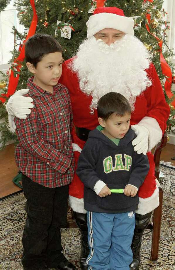 Were you Seen at the Pruyn House Annual Children's Holiday Party in Colonie on Saturday, Dec. 17? Photo: Joe Putrock/Special To The Times Union