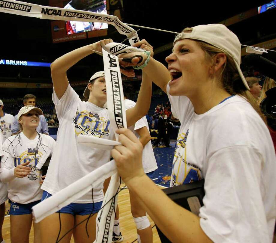UCLA defeated Illinois for the 2011 NCAA Division I women's volleyball national championship at the Alamodome. San Antonio also hosted the championship event in 2005. Michael Miller / Express-News file photo Photo: MICHAEL MILLER, Express-News / mmiller@express-news.net