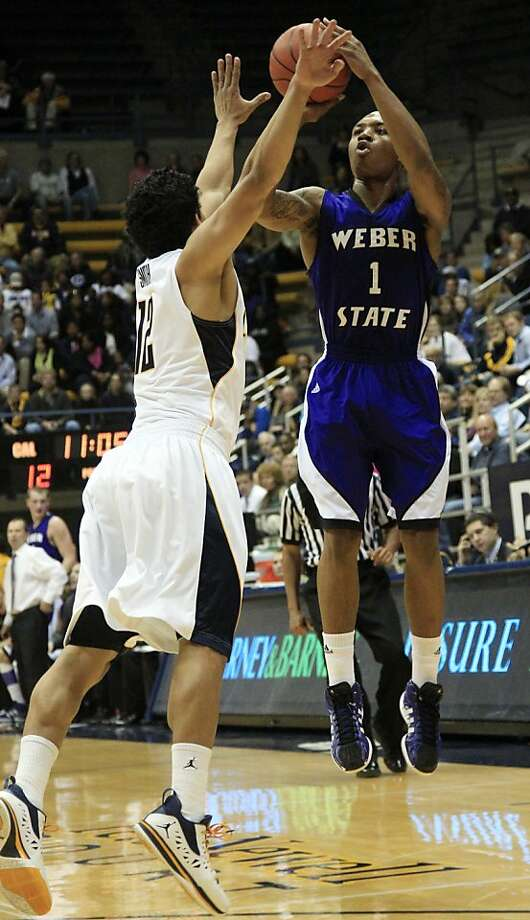 Weber State's Damian Lillard (1) shoots over California's Brandon Smith (12) during the first half of an NCAA college basketball game in Berkeley, Calif., Friday, Dec. 16, 2011. (AP Photo/Marcio Jose Sanchez) Photo: Marcio Jose Sanchez, AP