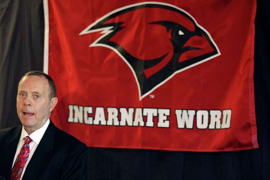 University of the Incarnate Word new head football coach Larry Kennan speaks during a press conference Friday at Benson Stadium. Photo: S.A. Express-News Photo By Edward A. Ornelas / © SAN ANTONIO EXPRESS-NEWS (NFS)