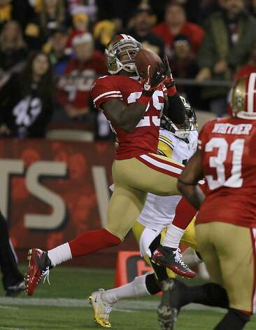 49er cornerback Tarell Brown makes an interception during the San Francisco 49ers vs. the Pittsburg Steelers at Candlestick Park in San Francisco, Calif., on Monday, December 19, 2011. Photo: John Storey, Special To The Chronicle