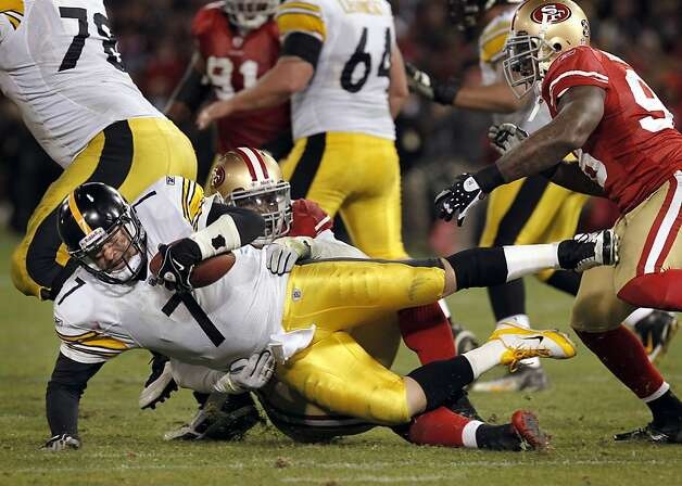 Pittsburgh's Ben Roethlisberger, is sacked by 49ers Aldon Smith in the fourth quarter, as the San Francisco 49ers take on the Pittsburgh Steelers, on Monday December 19, 2011, in San Francisco, Ca. Photo: Michael Macor, The Chronicle