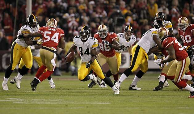 Pittsburgh running back Rashard Mendenhall, (34) finds a hole on a third quarter run,as the San Francisco 49ers beat  the Pittsburgh Steelers,  20-3, on Monday December 19, 2011, in San Francisco, Ca. Photo: Michael Macor, The Chronicle