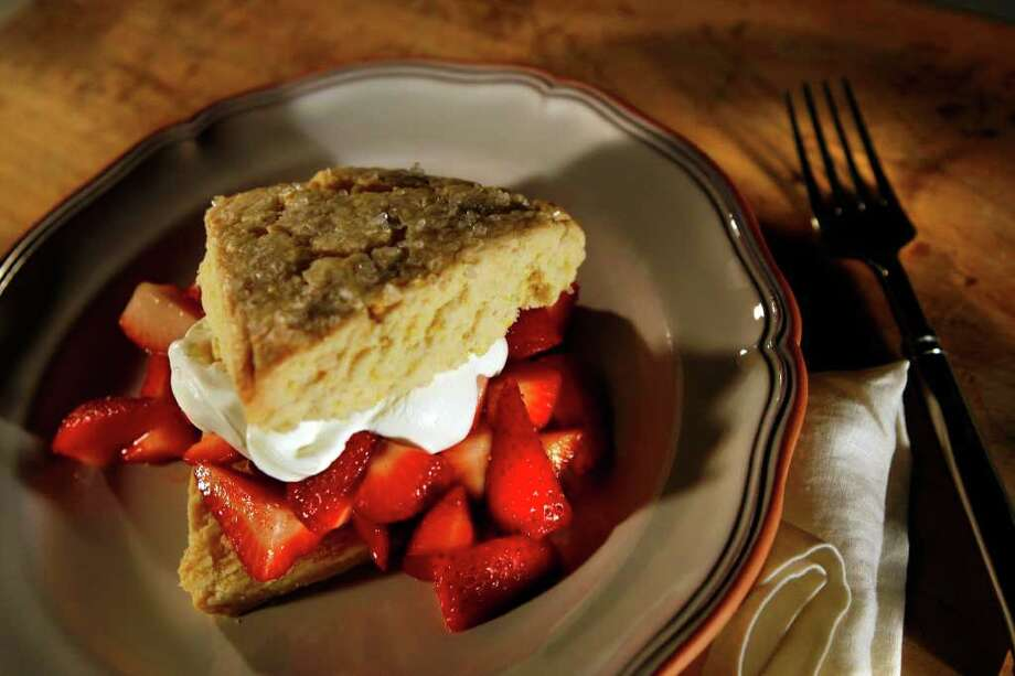 Orange-flavored shortcake with strawberries can be gluten-free and dairy-free, Los Angeles Times photo. Photo: GENARO MOLINA / LOS ANGELES TIMES