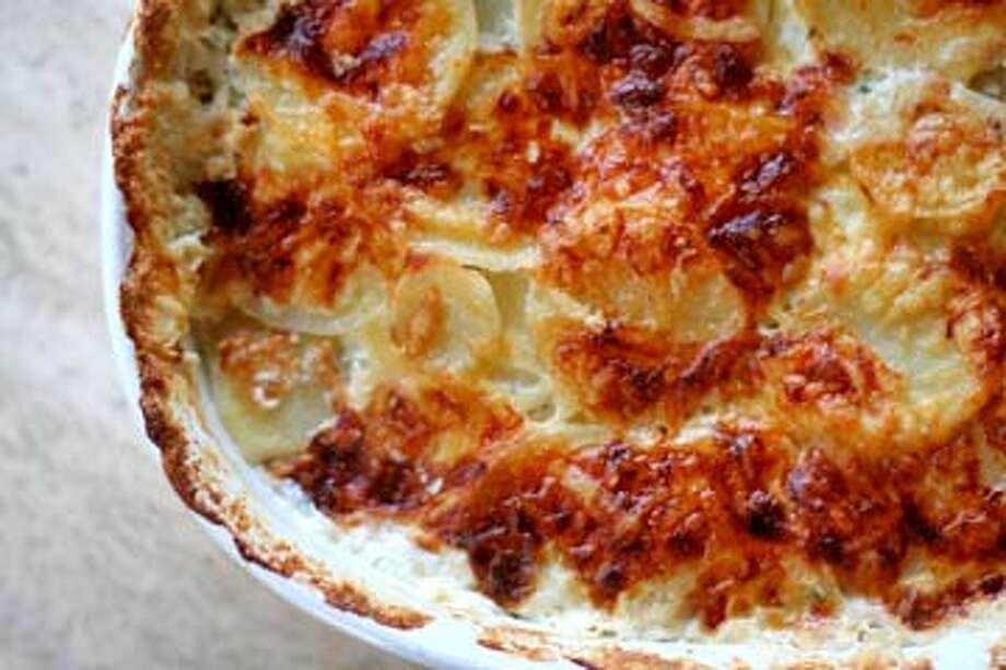 Scalloped Potatoes http://simplyrecipes.com