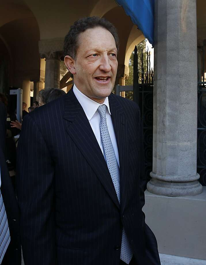 Giants CEO Larry Baer arrives for the memorial service for financier Warren Hellman at Temple Emanu-El in San Francisco, Calif. on Wednesday, Dec. 21, 2011. Hellman died Sunday night at the age of 77. Photo: Paul Chinn, The Chronicle