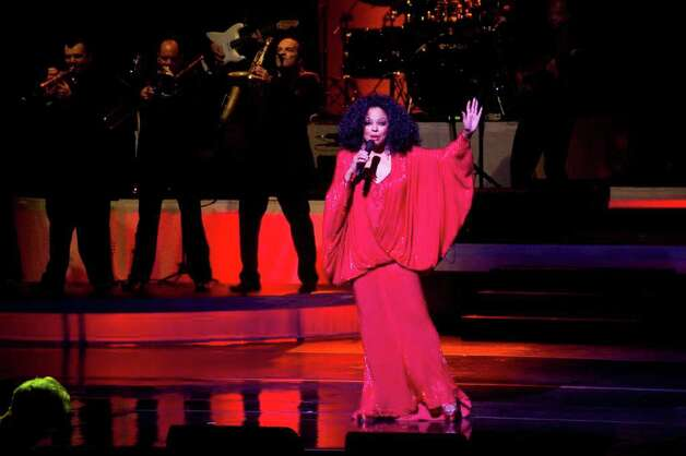 Diana Ross performs  a benefit concert for the Stamford Center for the Arts 2011 Arts Education Program at the Palace Theatre. Photo: Keelin Daly / Stamford Advocate