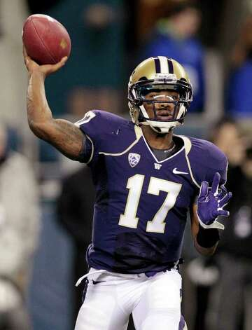 Quarterback Keith Price propelled the Washington Huskies to their highest AP ranking since Sept. 28, 2003. Photo: AP