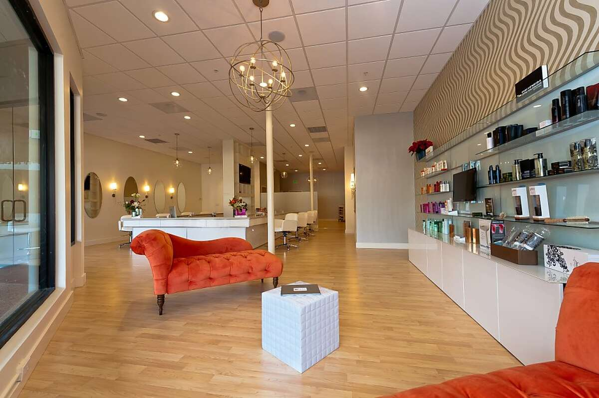 Cyndi Havard, co-founder and owner of San Anselmo's Sproos hair salon, is bringing Marin its first blow-dry bar:The Style Bar.