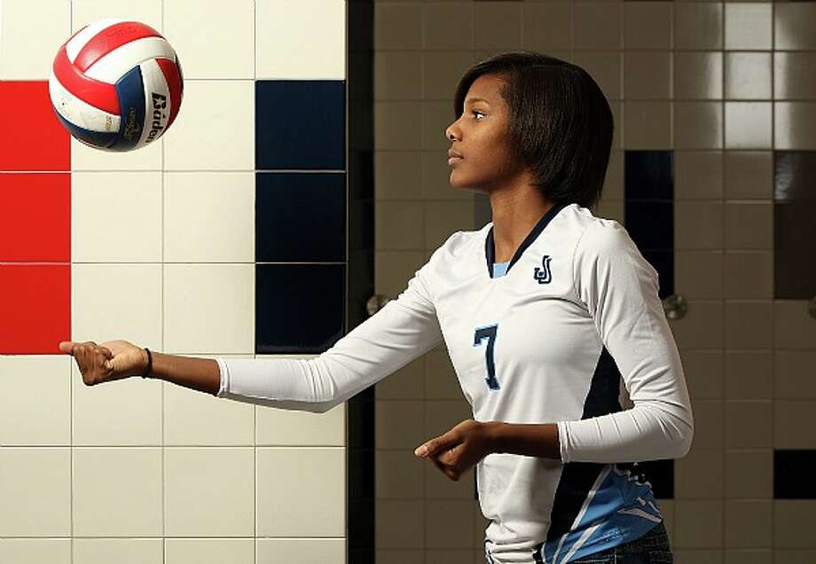 Johnson outside hitter Carnae Dillard. JERRY LARA/glara@express-news.net
