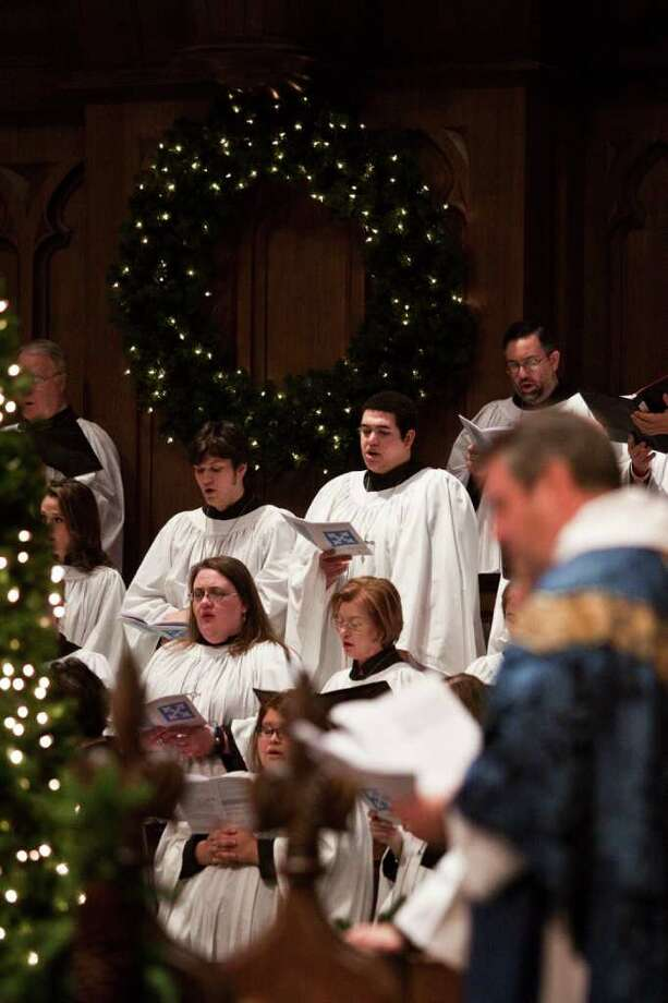 The choir sings during Sunday services at St. Martin's Episcopal church Dec. 18, 2011 in Houston, TX. (Eric Kayne/For the Chronicle) Photo: Eric Kayne / © 2011 Eric Kayne