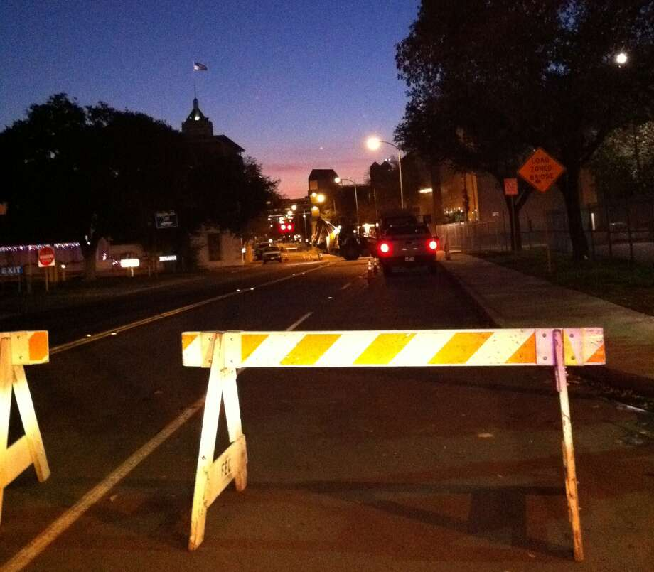 Streets were closed during at overnight gas leak at the San Antonio Police Department. Photo: Ana Ley / Aley@express-news.net