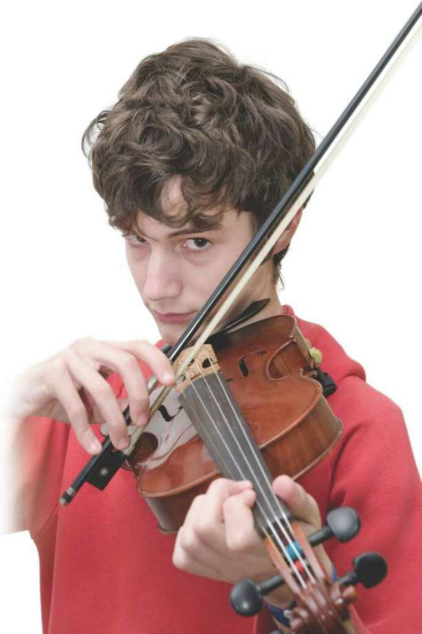 Viola practice can become a bone of contention. (Fotolia.com) Photo: Pere Sanz / peresanz - Fotolia