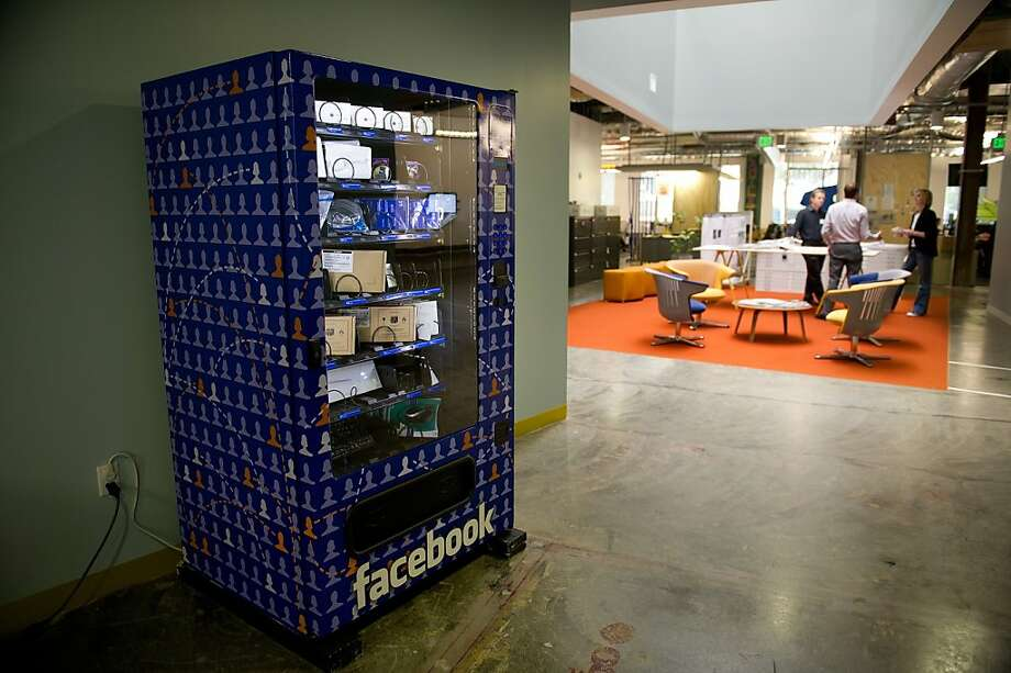 Inside Facebook's New Menlo Park Campus Photo: David Paul Morris, Bloomberg