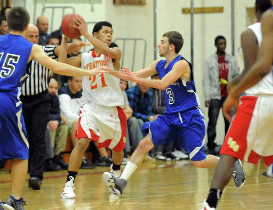 Highlights from boys basketball action between Stratford and Bunnell in Stratford, Conn. on Friday December 23, 2011. Photo: Christian Abraham / Connecticut Post