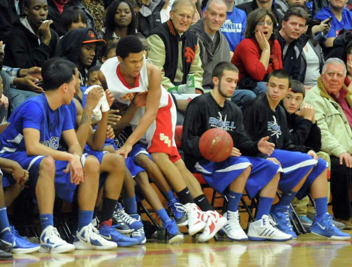 Highlights from boys basketball action between Stratford and Bunnell in Stratford, Conn. on Friday December 23, 2011.