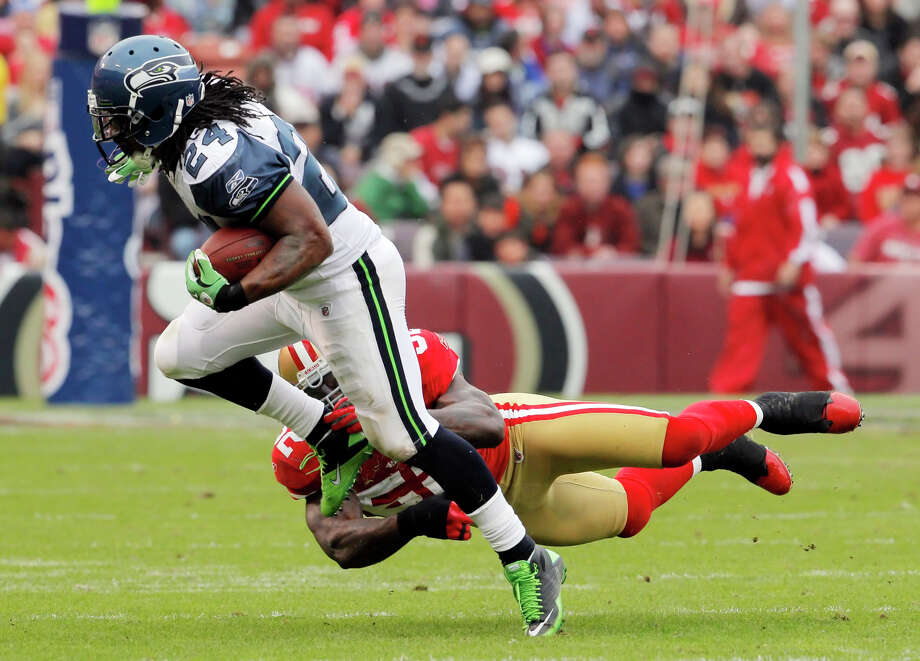 For the 49ers, stopping Marshawn Lynch on Thursday won't get any easier with Patrick Willis not playing. Photo: Carlos Avila Gonzalez / The Chronicle / SFC