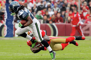 Seahawks' high-spirited Lynch remains difficult to bring down - Photo