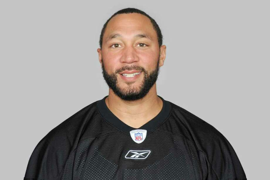 This is a 2011 photo of Charlie Batch of the Pittsburgh Steelers NFL football team. This image reflects the Pittsburgh Steelers active roster as of Thursday, July 28, 2011 when this image was taken. (AP Photo) Photo: Anonymous