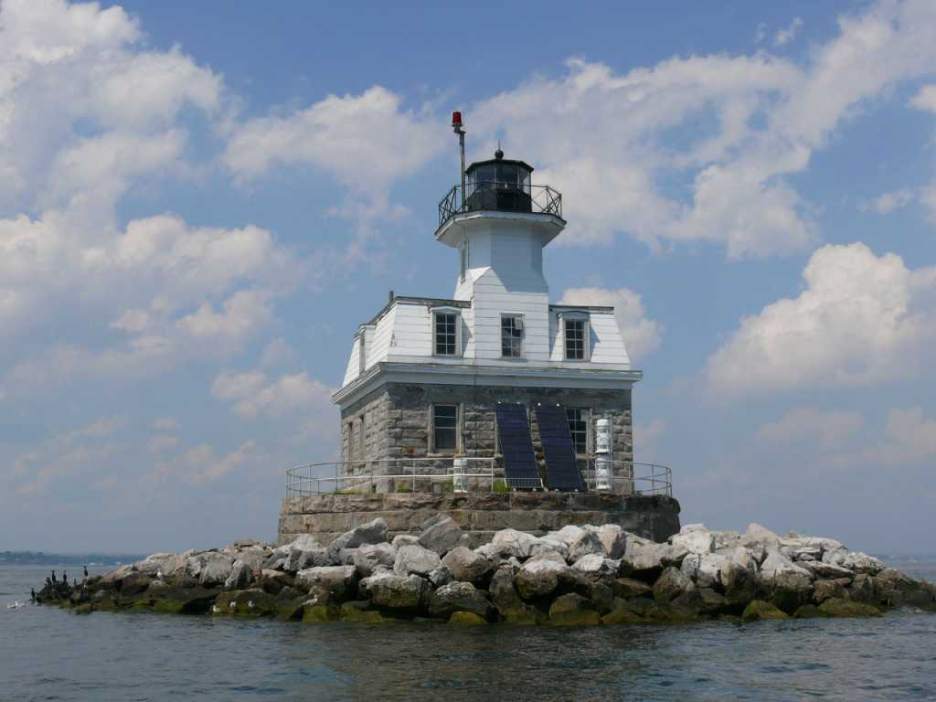 Town has new strategy for Penfield Lighthouse ...