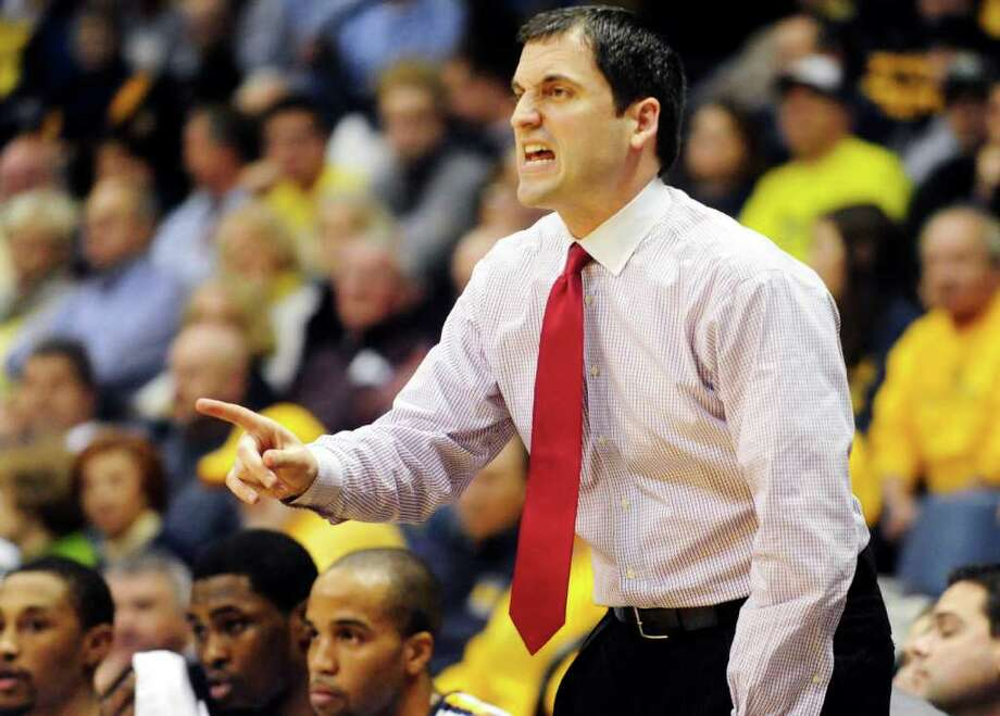 Murray State coach Steve Prohm directs his team against Tennessee-Martin in the first half of an NCAA college basketball game on Wednesday, Dec. 21, 2011, in Murray, Ky. Photo: AP