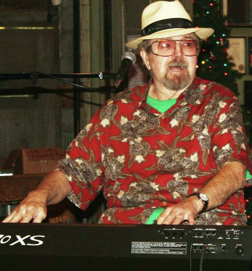 Legendary keyboardist Earl Poole Ball at Gruene Hall Dec. 17, 2011. Photo: Jim Beal Jr./jbeal@express-news.net
