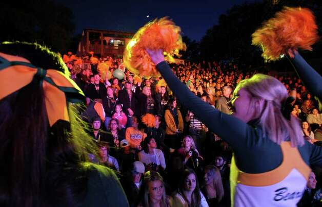 Baylor cheerleaders rev up their fans at the Rudy's Bar-B-Q Pep Rally at the Arneson River Theater on the River Walk  on December 27, 2011. Photo: TOM REEL, SAN ANTONIO EXPRESS-NEWS / © 2011 San Antonio Express-News