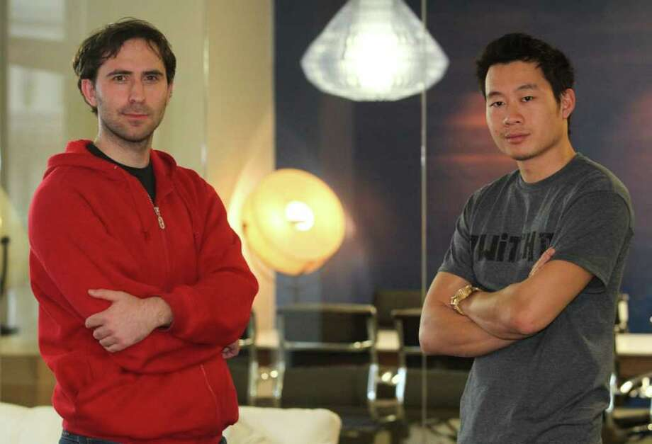 Mathew Sumner : For the SAN FRANCISCO Chronicle NEW TERRITORY: TwitchTV co-founders Emmett Shear, left, and Justin Kan are capitalizing on the number of gamers spending time watching each another play video games. Photo: Mathew Sumner / ONLINE_YES