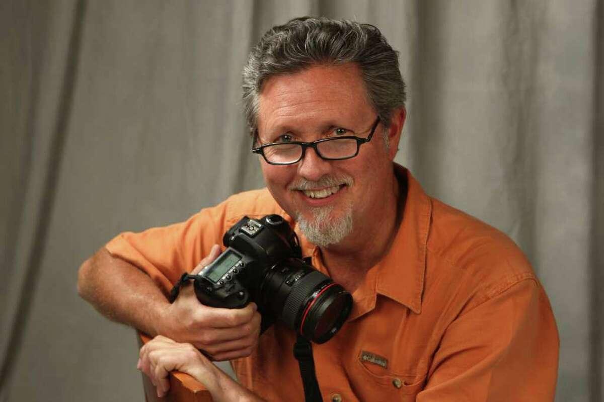 Bob Owen, Express-News chief photographer