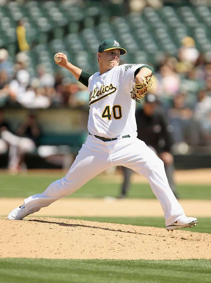 OAKLAND, CA - MAY 29:  Andrew Bailey #40 of the Oakland Athletics pitches against the Baltimore Orioles at Oakland-Alameda County Coliseum on May 29, 2011 in Oakland, California. Photo: Ezra Shaw, Getty Images