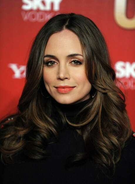 LOS ANGELES, CA - NOVEMBER 18:  Actress Eliza Dushku arrives at the Us Weekly Hot Hollywood Event at Voyeur on November 18, 2009 in Los Angeles, California.  (Photo by Frazer Harrison/Getty Images) Photo: Frazer Harrison / Getty Images North America