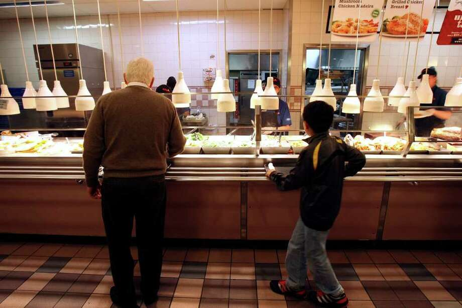 The first Luby's Cafeteria opened in San Antonio in 1947. In 2004, Luby's moved its headquarters to Houston. Photo: HELEN L. MONTOYA, SAN ANTONIO EXPRESS-NEWS / hmontoya@express-news.net