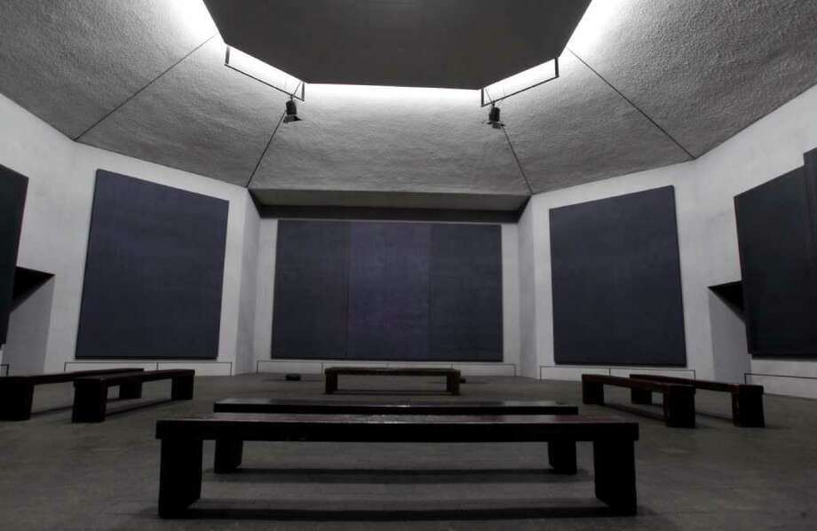 The Rothko Chapel, 1409 Sul Ross, is a perfect place for contemplation. Photo: Melissa Phillip / © 2011 Houston Chronicle