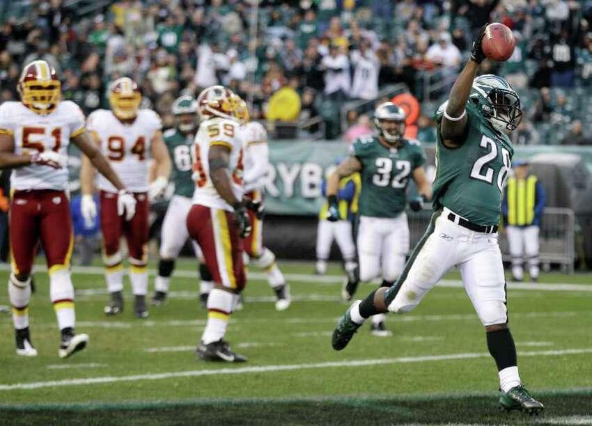 Philadelphia Eagles' Dion Lewis celebrates after scoring a touchdown during the second half of an NFL football game against the Washington Redskins, Sunday, Jan. 1, 2012, in Philadelphia. Philadelphia won 34-10. (AP Photo/Matt Slocum)