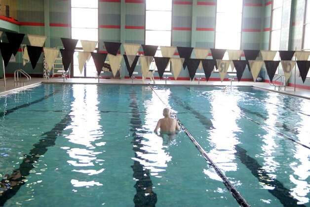 The Dart Swimming In The Fountain Of Youth Stamfordadvocate
