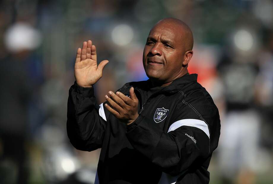 The greatest successes the Raiders have enjoyed in the last decade-plus came in the two years when Hue Jackson was on the Oakland sideline. Photo: Marcio Jose Sanchez, Associated Press