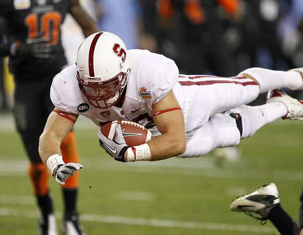 Stanford tight end Zach Ertz  dives into the end zone for a touchdown against Oklahoma State during the second half of the Fiesta Bowl NCAA college football game Monday, Jan. 2, 2012, in Glendale, Ariz. (AP Photo/Matt York) Photo: Matt York, Associated Press